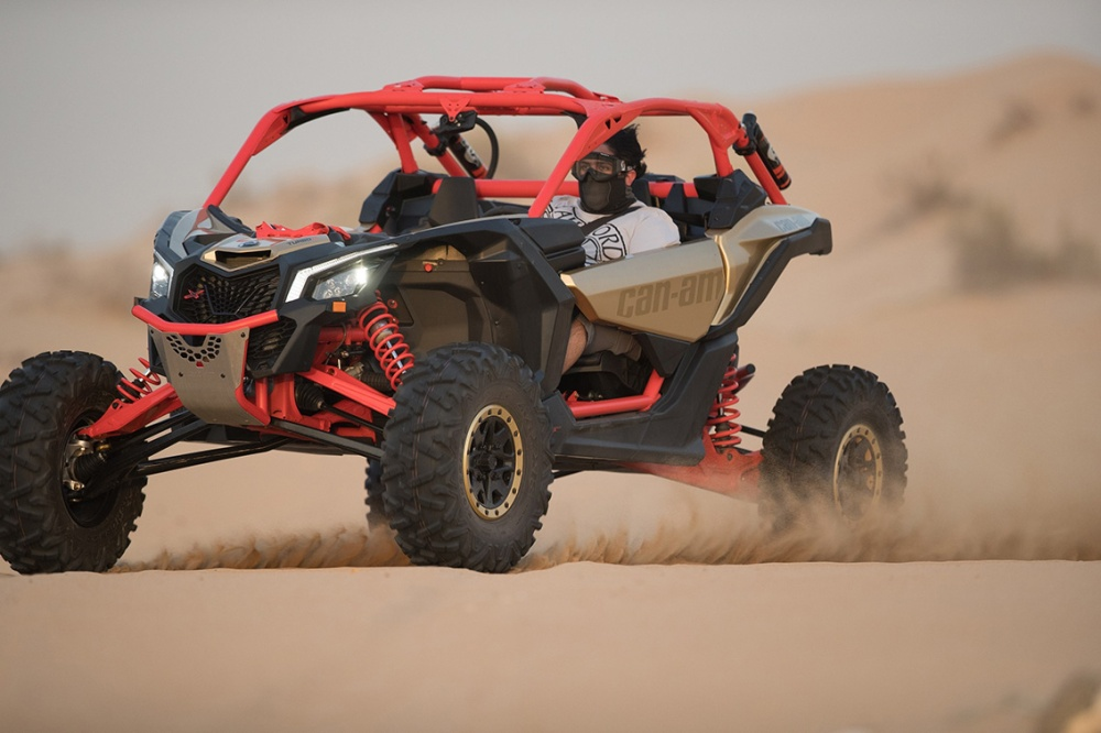 image-3-sheikh-saeed-bin-hamdan-bin-rashid-al-maktoum-tests-the-can-am-maverick-x3
