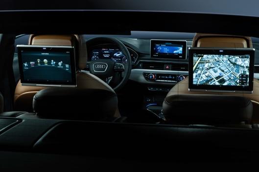 Audi A4 Interior (9).jpg