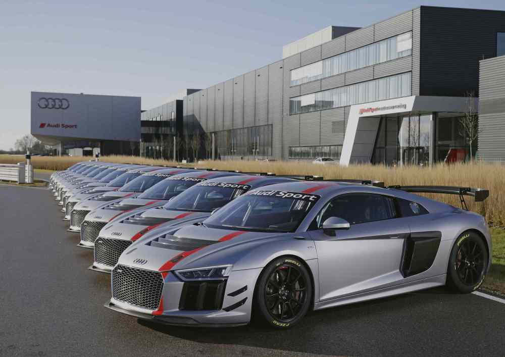 Delivery of Audi R8 LMS GT4_2