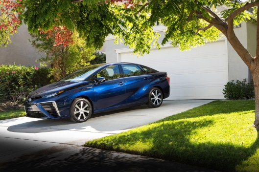 Toyota Mirai - Fuel Cell Electrical Vehicle.jpg