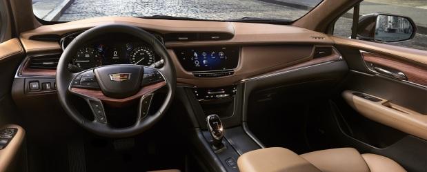 Image 4 - 2019 Cadillac XT5 interior